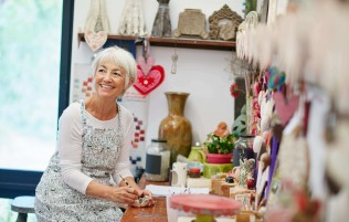 Reminiscence therapy for people living with dementia